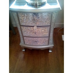 WHITE CRACKLE CHEST OF DRAWERS[3]